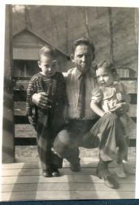 Dad, Ann 3, Darrell 4