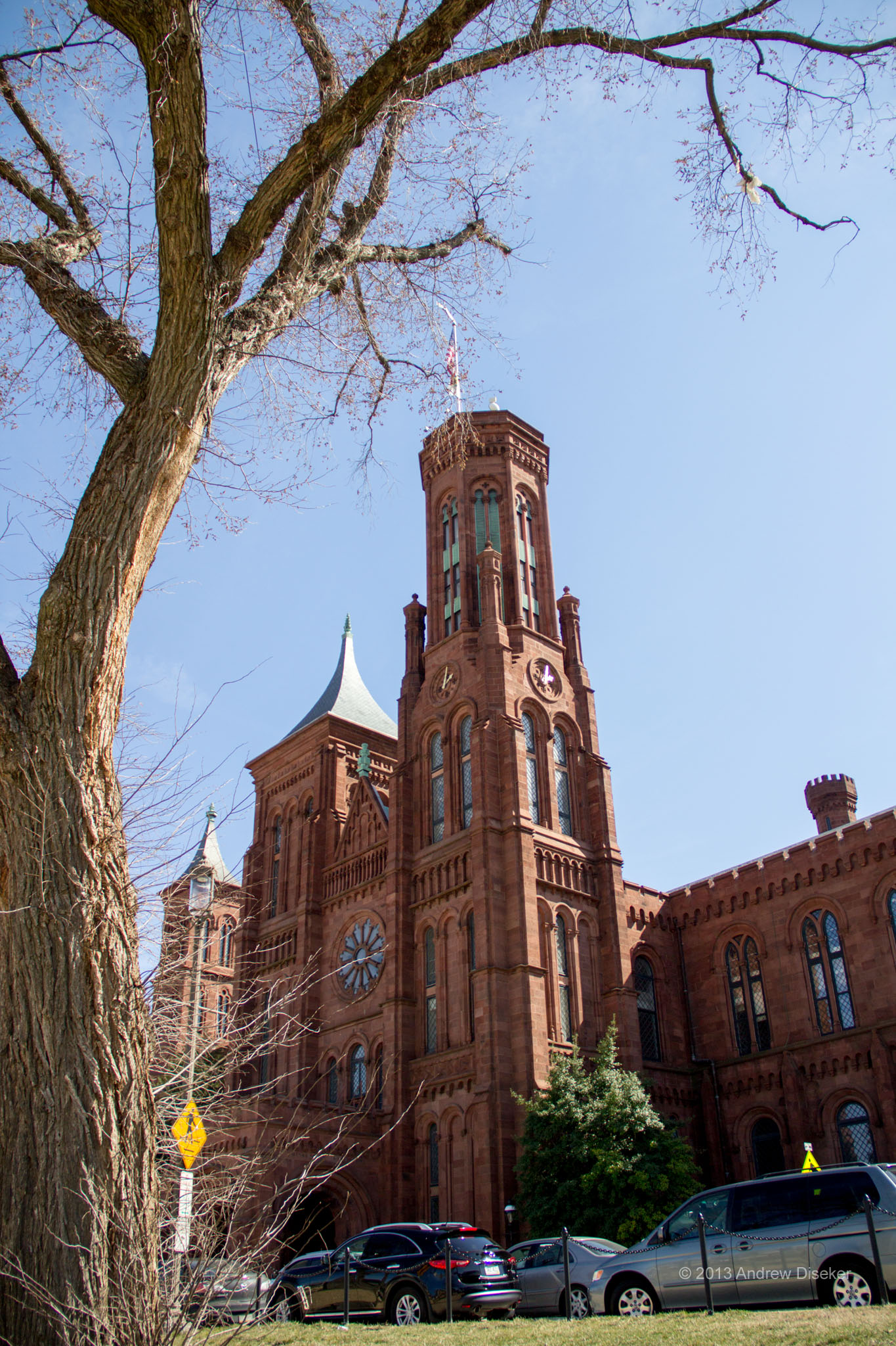 picture of old Smithsonian Museum